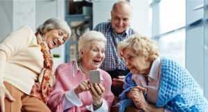 Les seniors peuvent se rendre des services mutuellement